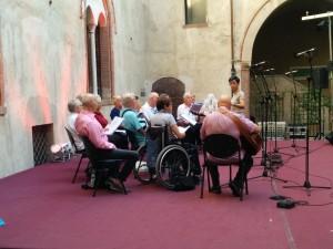 Il Coro degli Afasici di Trieste durante le prove al Vocalmente A Cappella Festival