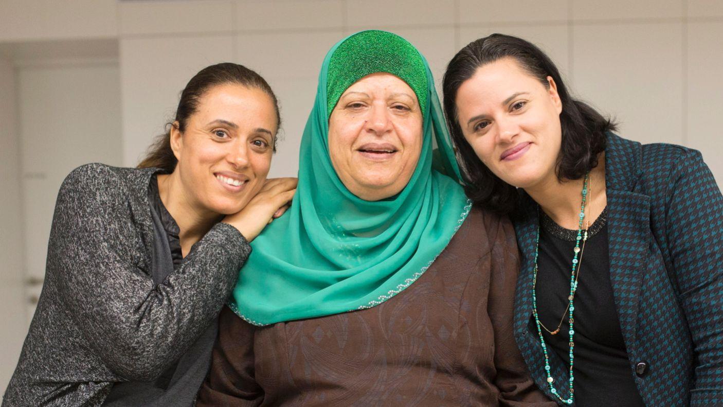 Le coriste Sihrab Abu-Lassan, Alia Hatab and Badria Bouchari