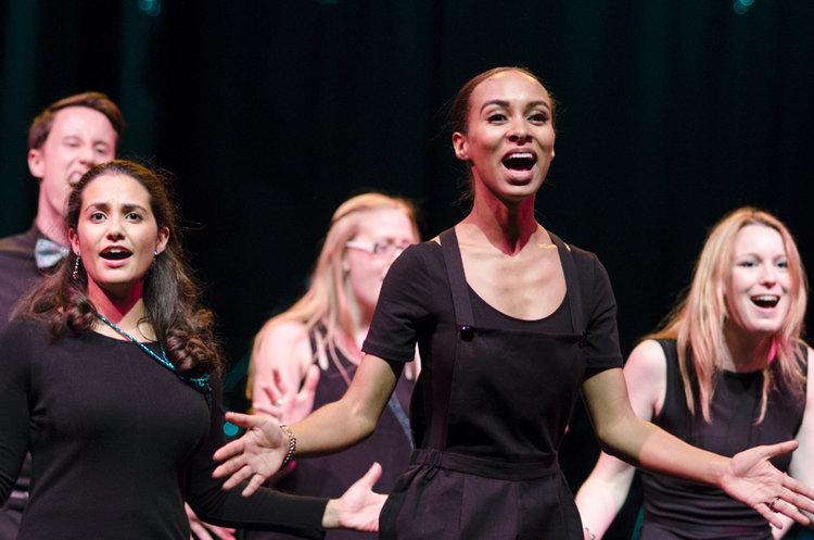 Uno dei show realizzato dallo Starling Arts Choir dimostra come il coro non sia più rinchiuso nelle sue forme tradizionali.