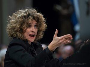 Valeria Borgognoni, direttrice del Coro Incontrotempo di Milano.